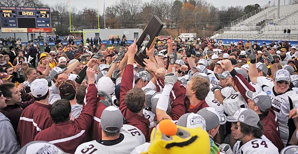 UMD's unbeaten football team takes the 2008 NCAA II Championship.