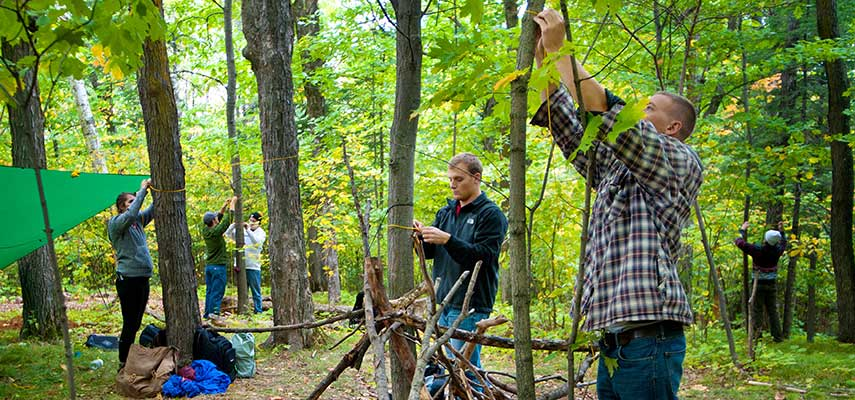 UMD students learn survival skills in a Recreational Sports Outdoor Program class.