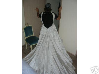 eBay item 4146756343 (Ends Apr-28-04 15:37:01 PDT) - SIZE 12 WEDDING ...